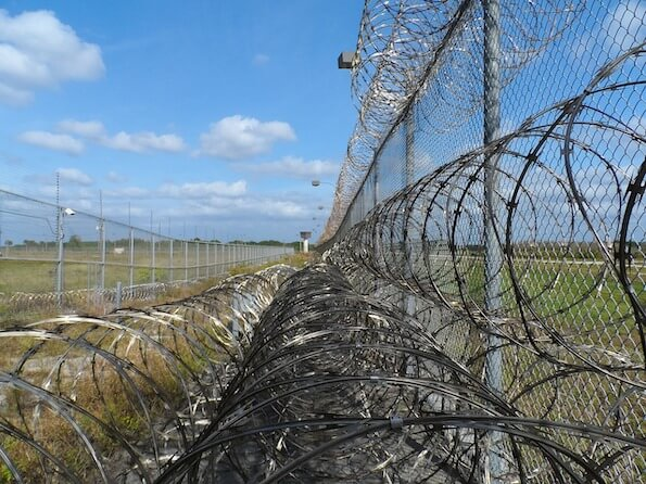 new prison program drawing criticism for how it deals with opioid addiction